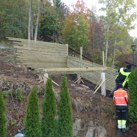 Levegg for klatreplanter - liten terasse